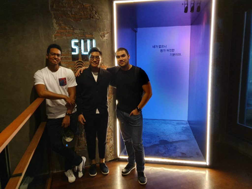 Class of 2013 Phet, Kyle and Cabin returned to Bangkok and opened a Korean inspired Gastrobar on Thonglor.
