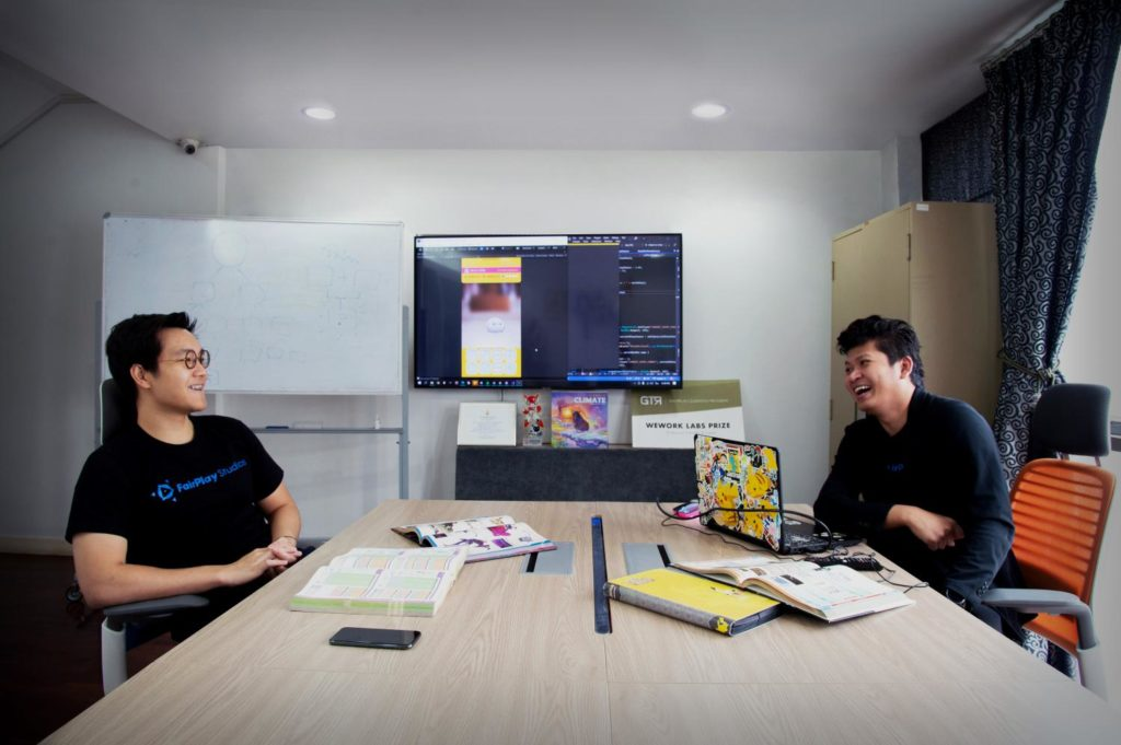 Thanisorn Boonsoong, FairPlay Studios CEO, and Tinnapop Sornpom, COO and lead programmer at FairPlay Studios.